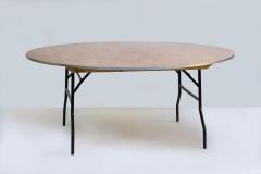 Tisch, rund, 180 cm ø, 10 Pers.